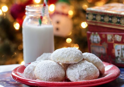 Mexican wedding cookies at Christmas