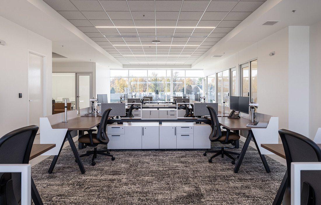 Mid Missouri Bank Interior Photo