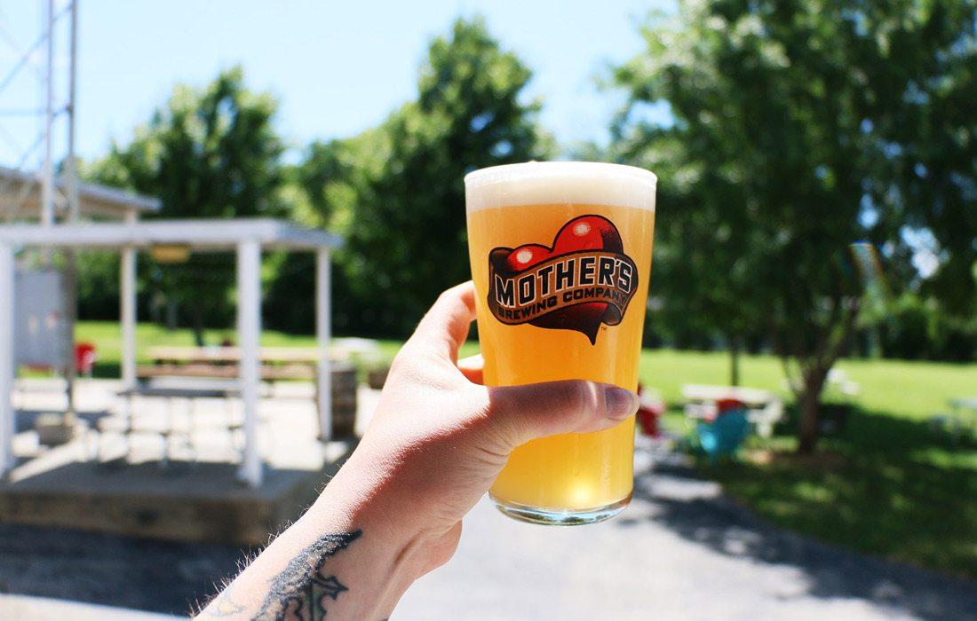 Mother's Backyard outdoor beer image