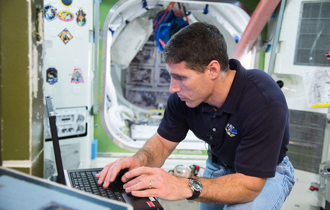 NASA Astronaut Mike Hopkins in Emergency Training