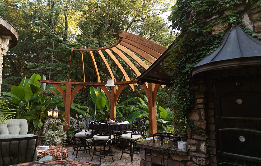 Custom pergola with outdoor dining space | Hill Home Springfield MO