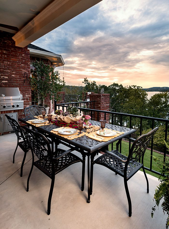 King Home - Sit a Spell - Outdoor Dining