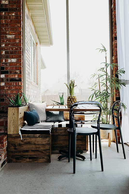 modern outdoor patio