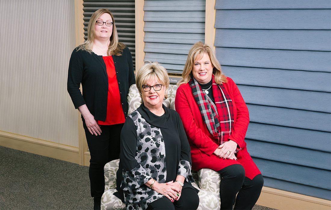 Laura Hoff, Dee Conn, Dana Smith of Blinds Etc