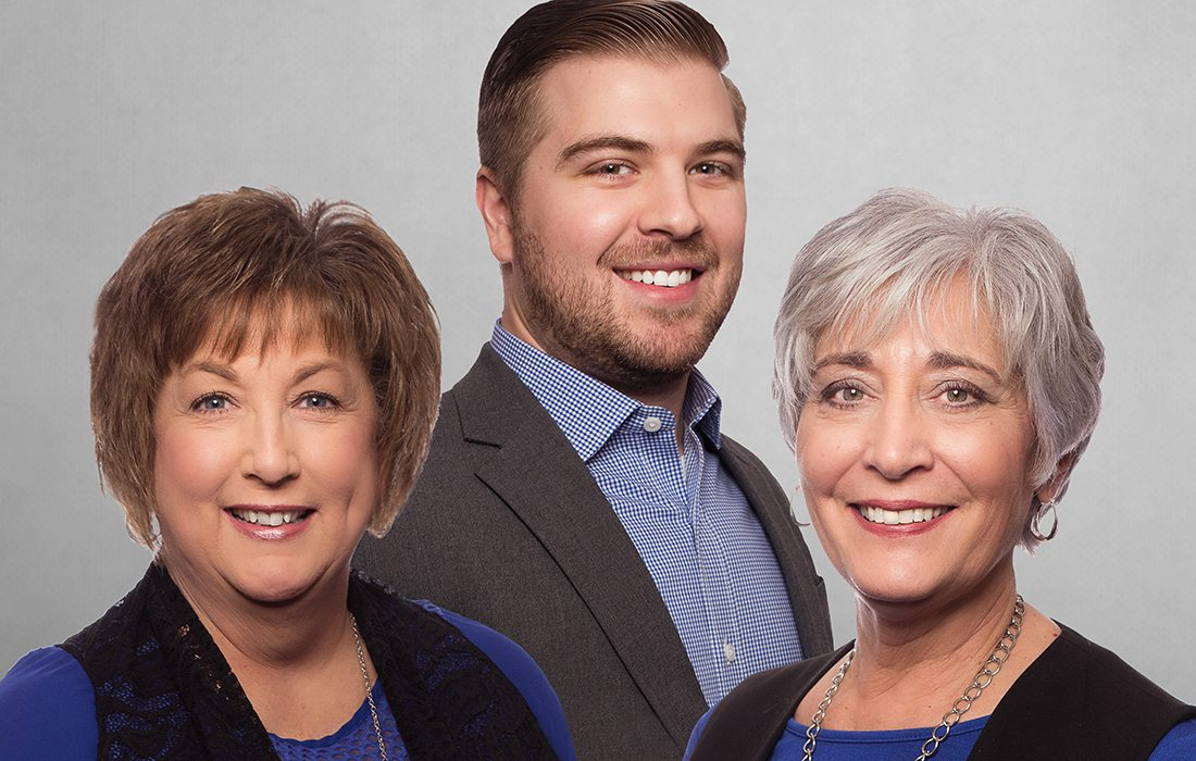 Lorrie Kleier, Joe Peck, Paula Walker of Great Southern Bank Springfield MO