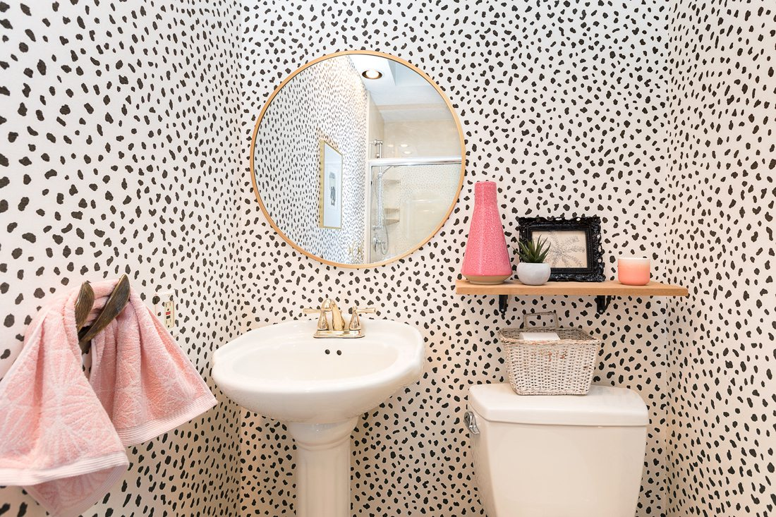 Ricci Bonebrake's bathroom