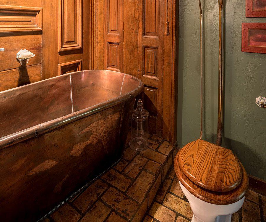 Rivercliff Estate Main Floor Bathroom