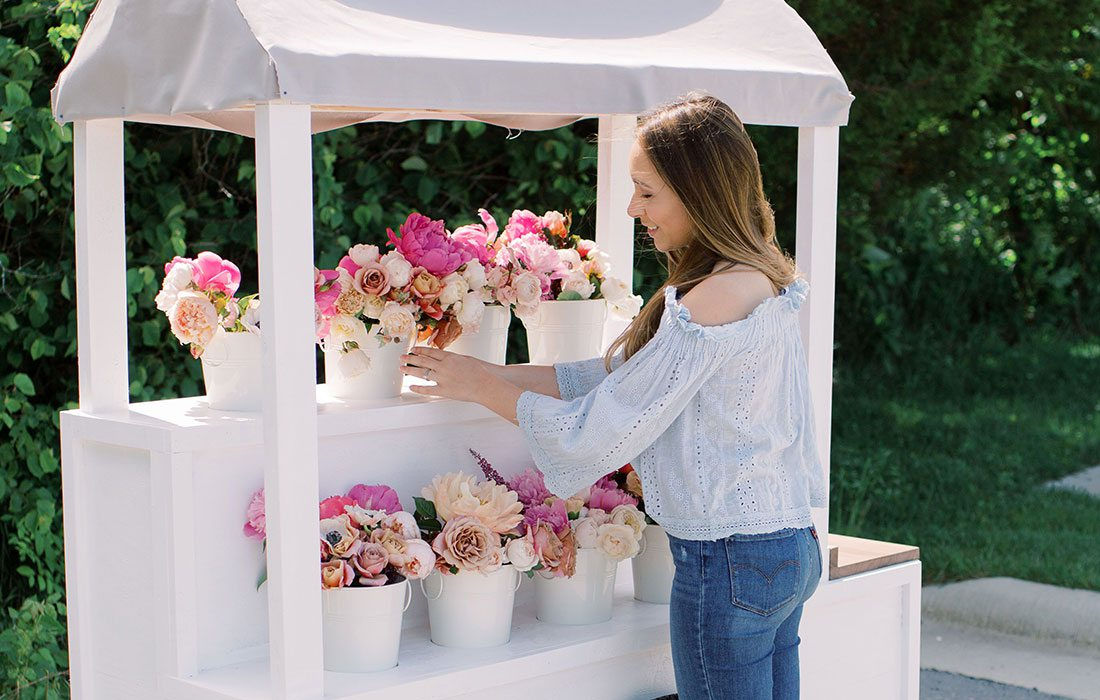 Belle Fleur Flower Cart