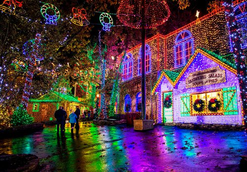 Christmas lights at Silver Dollar City