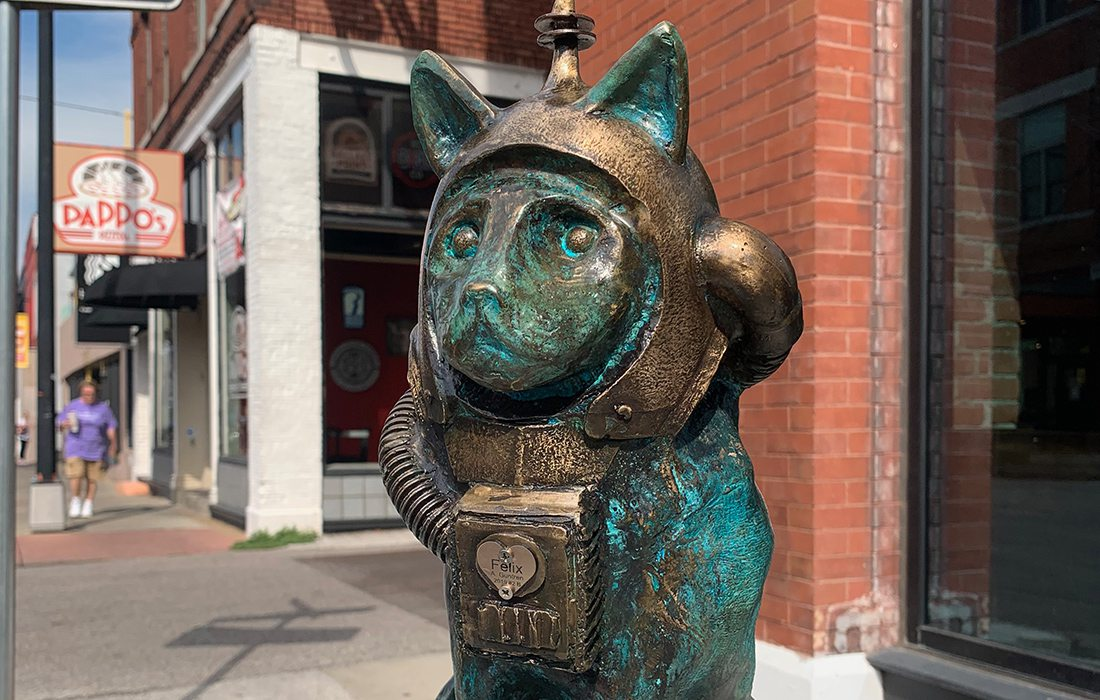 Felix cat sculpture on Springfield Sculpture Walk. Sculptor: Anthony Guntren