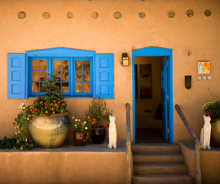 Spend some time exploring Santa Fe over a long weekend.