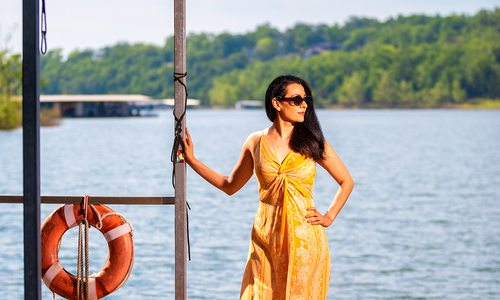 Summer Style lakeside photo