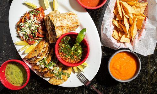 Birria de res tacos from Tacos El Champu