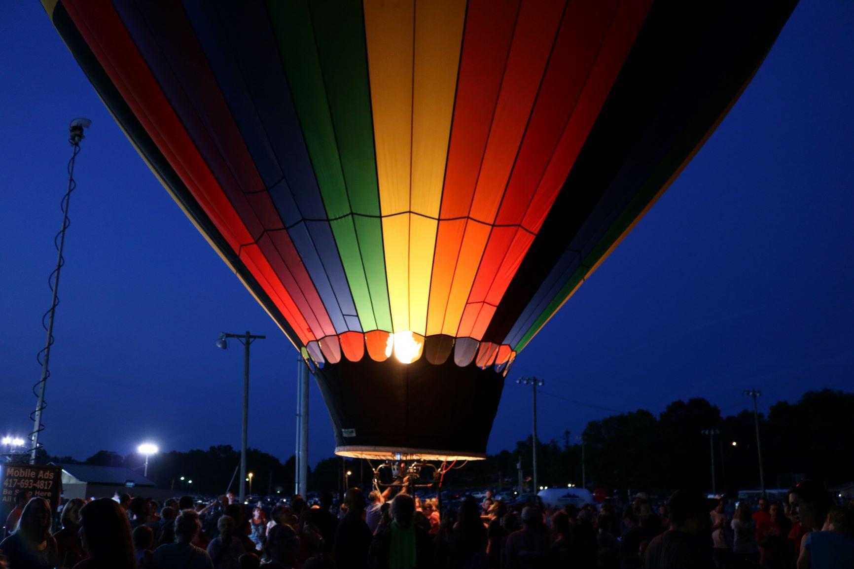 colorful hot air ballon