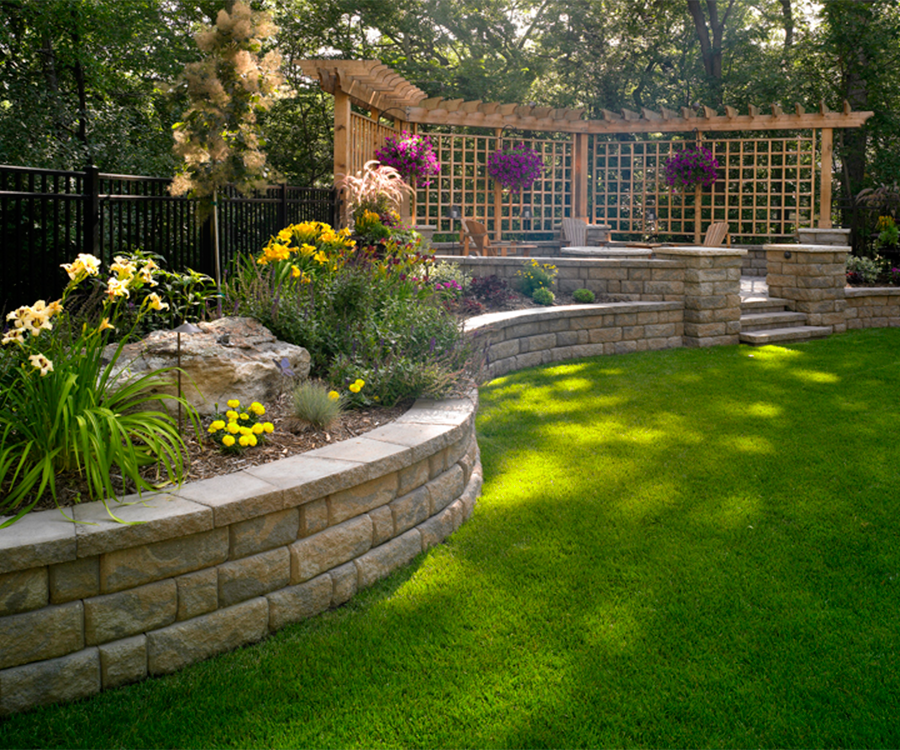 Backyard Retaining Walls on Backyard Wall Design id=42973