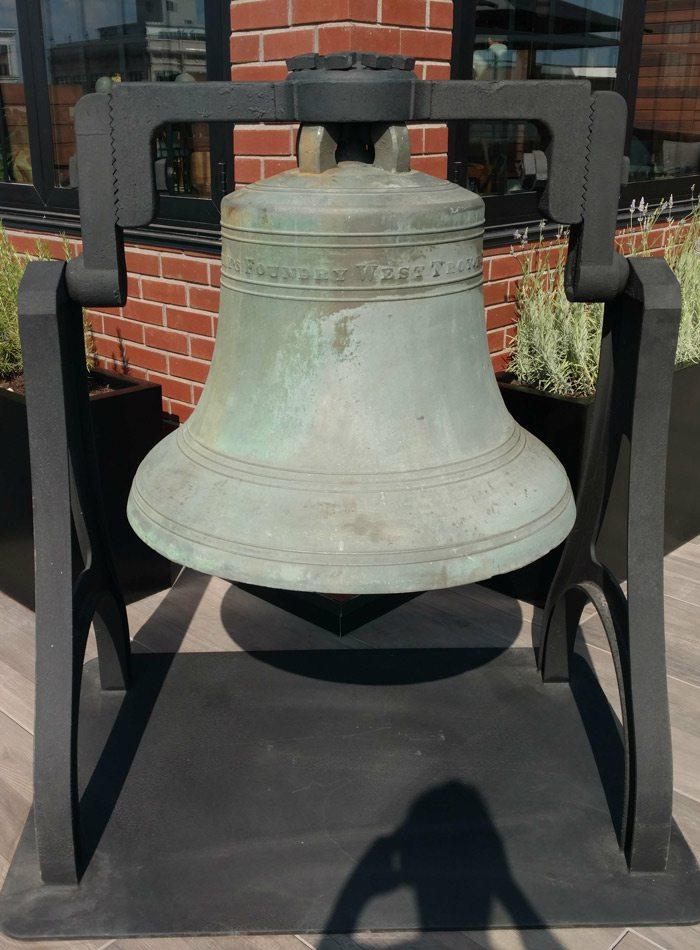 Vantage rooftop bell