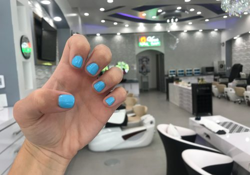 Venus Nail Bar hits Sagamore Hills center, and is the perfect place for a girl's night in Springfield. The business serves glasses of wine with their manicures, pedicures and waxes.