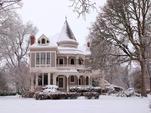victorian home in springfield