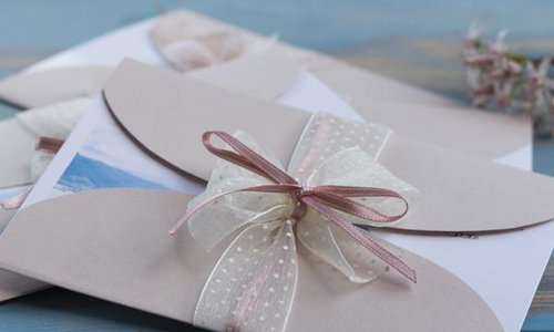 Wedding Invitation Do's and Don'ts