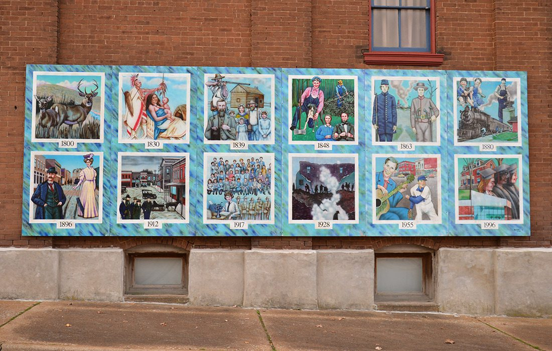 Mural depicting the history of West Plains, Missouri
