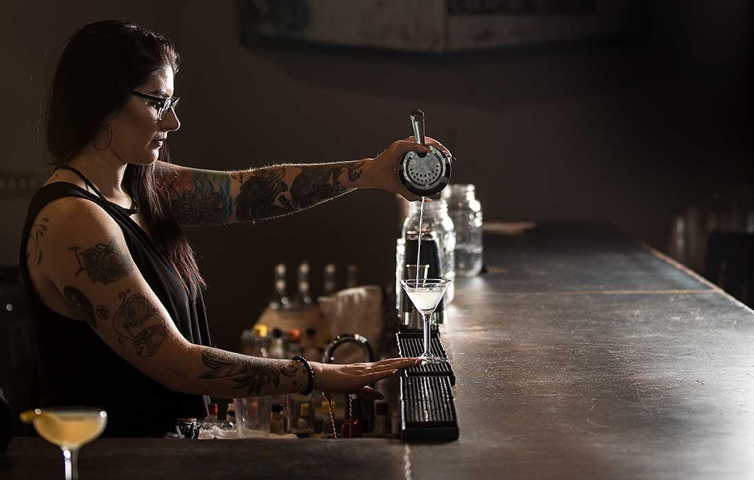 pouring gin at Missouri Spirits