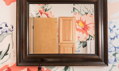 DIY: Paint Your Own Bathroom Blooms