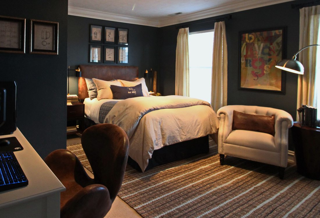 Navy blue and khaki boys bedroom.