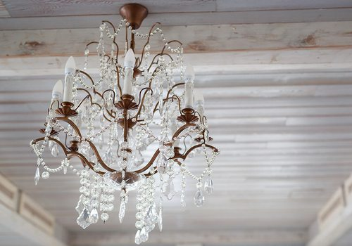 tips for keeping a chandelier there