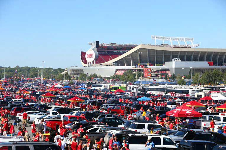Arrowhead Chiefs crowds