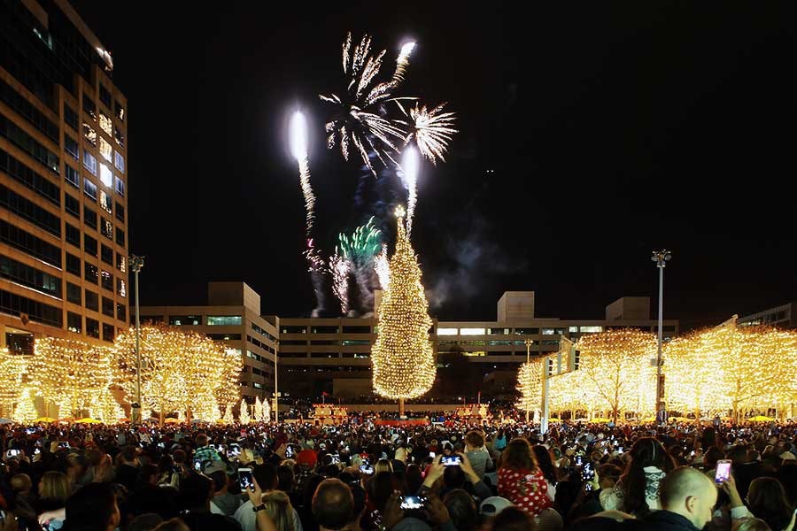 Crown Center fireworks, christmas tree, and lights
