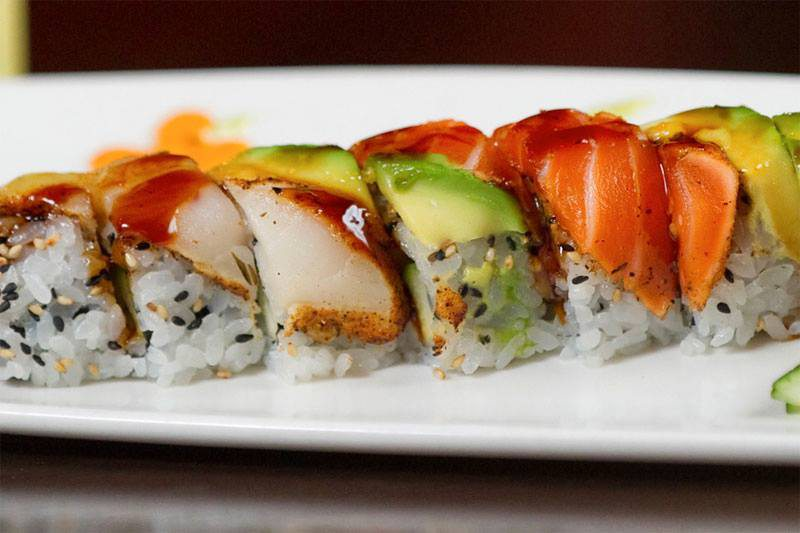 Sushi with avocado.
