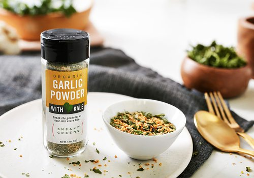 Sneaky Greens garlic powder and spices