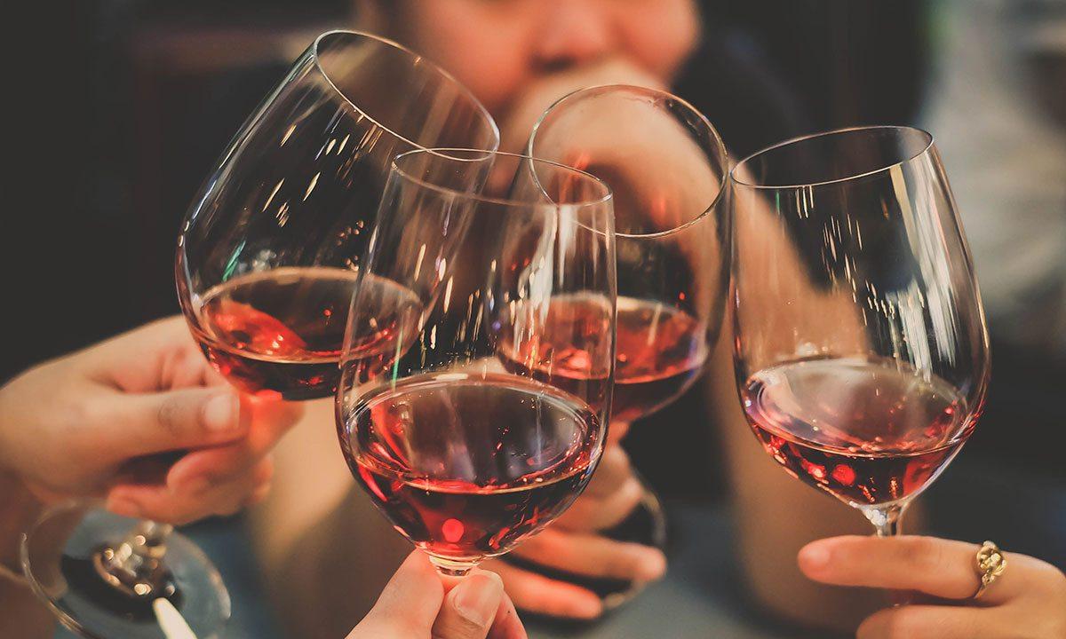 Lindwedel Winery wine glasses clink
