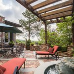 Slider Thumbnail: Rivercliff Estate Patio