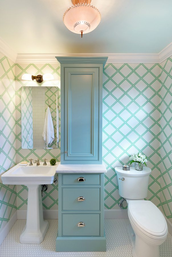 1920s bathroom with hexagon tile.