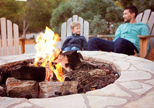 Backyard Entertainment Ideas for Spring