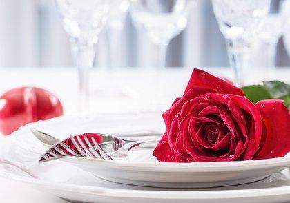 6th Annual SingleMomzRock Valentine's Banquet