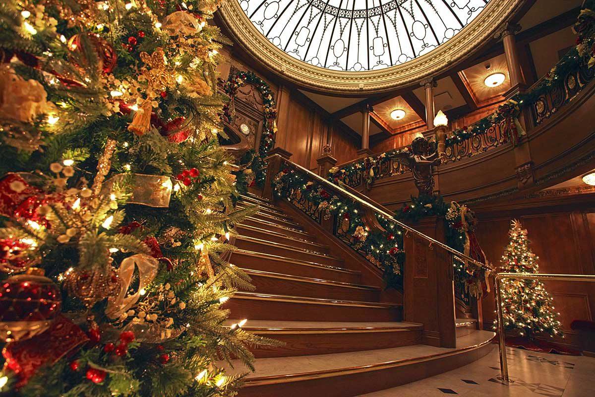 Titanic Museum Attraction grand staircase Branson MO