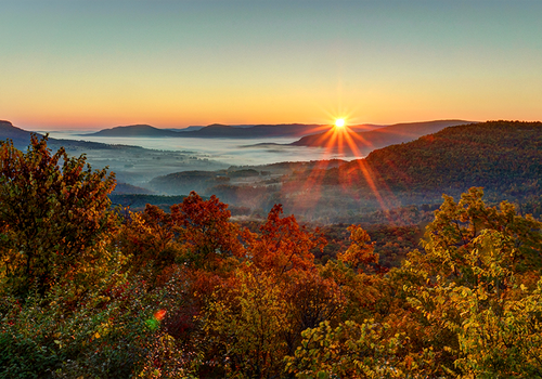 12 Scenic Getaways to Make the Most of Your Fall