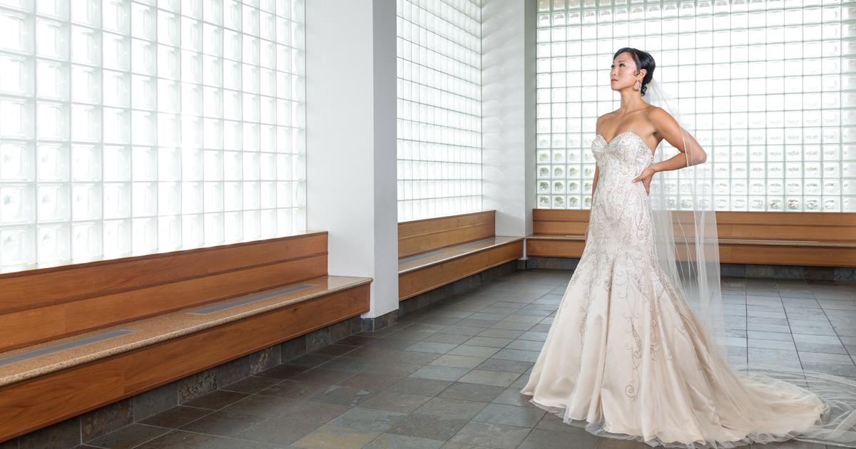 Gallery-Worthy Wedding Gowns and Bouquets